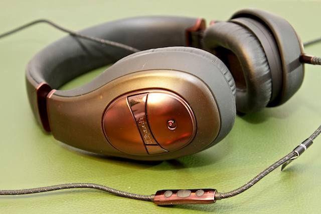 shootout-noise-cancel-headphones-7