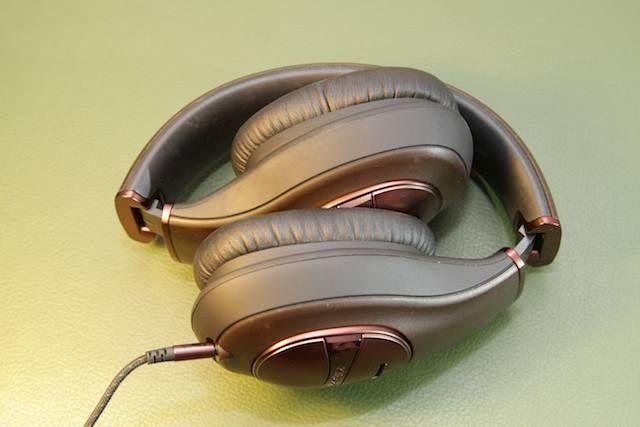shootout-noise-cancel-headphones-9