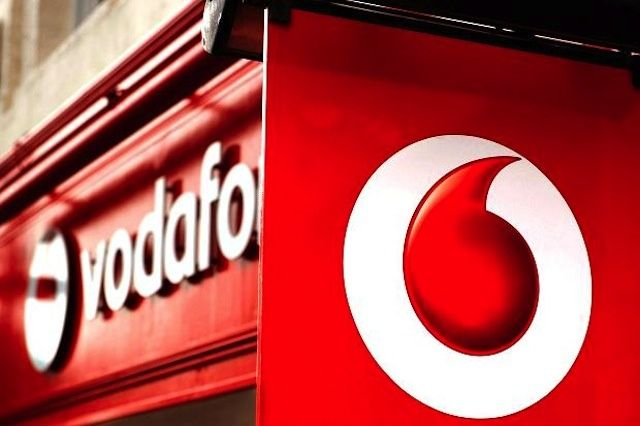 Vodafone-store-sign