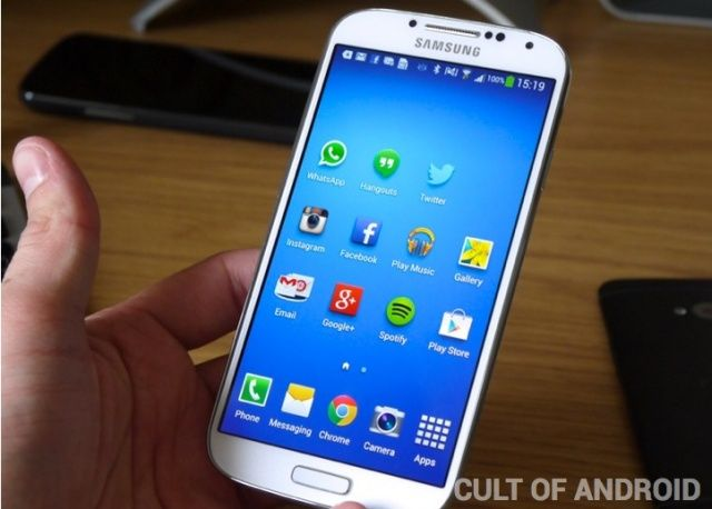Samsung-Galaxy-S4-front-review