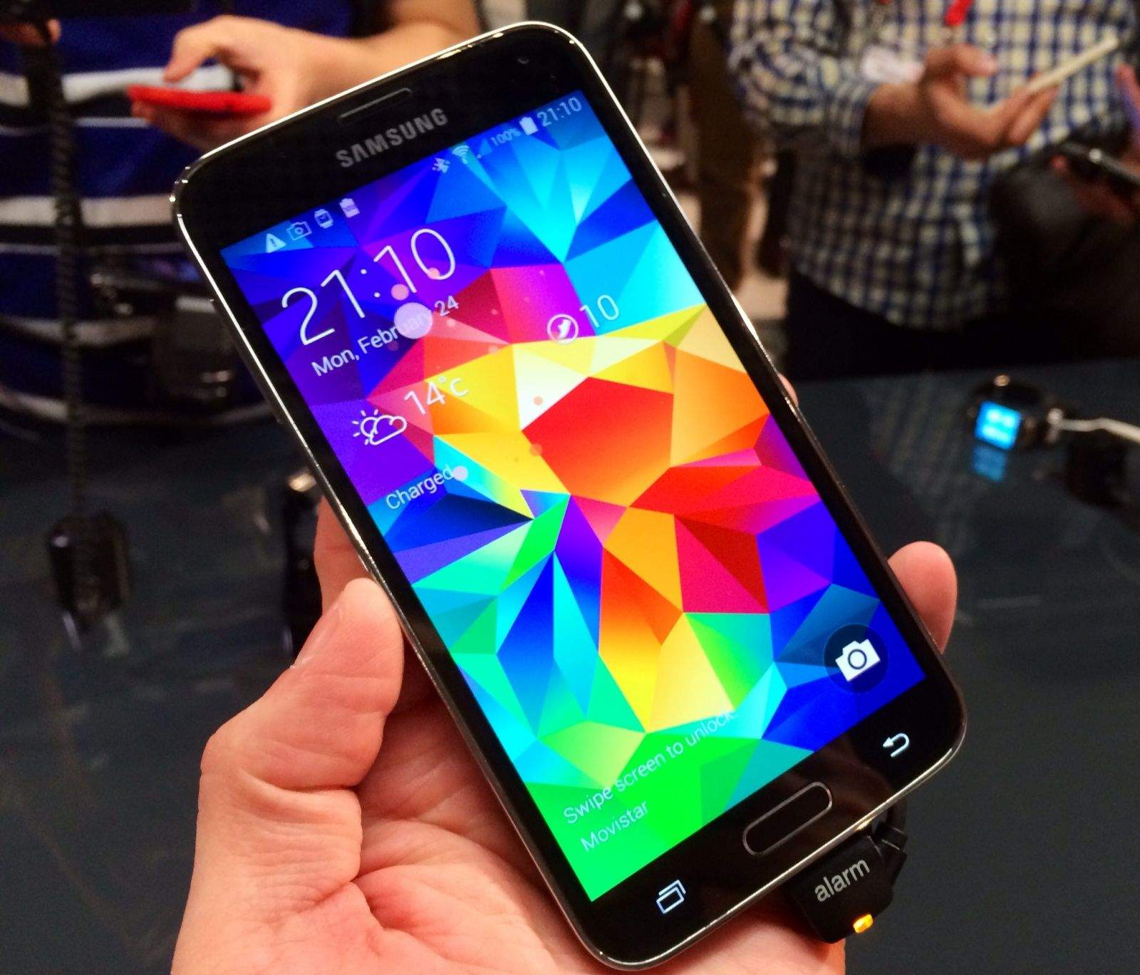 Cult of Android - Galaxy S5's First Official ROM Now