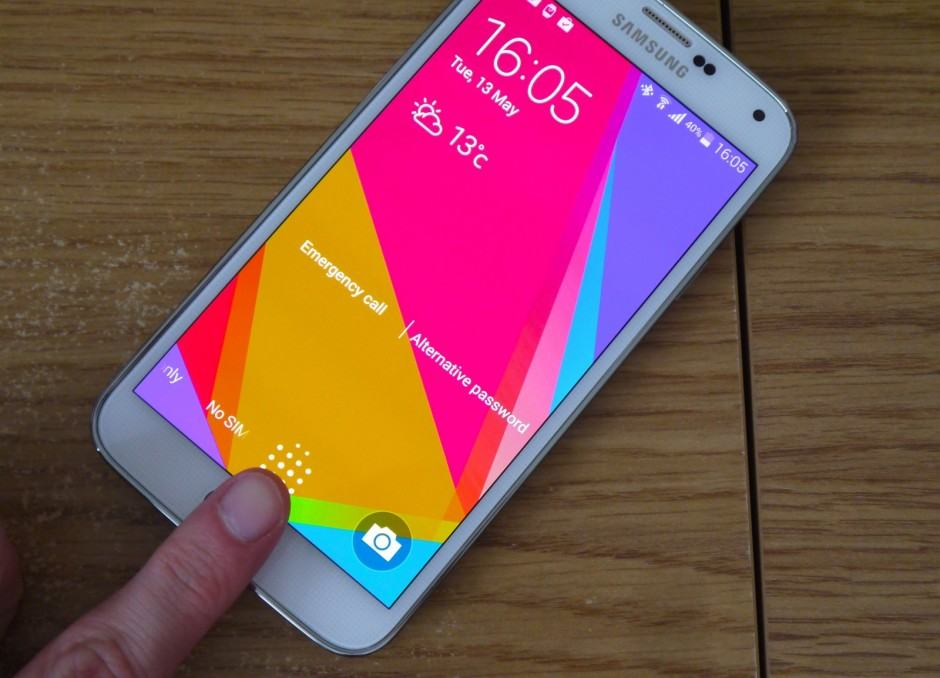 Galaxy-S5-Finger-Scanner