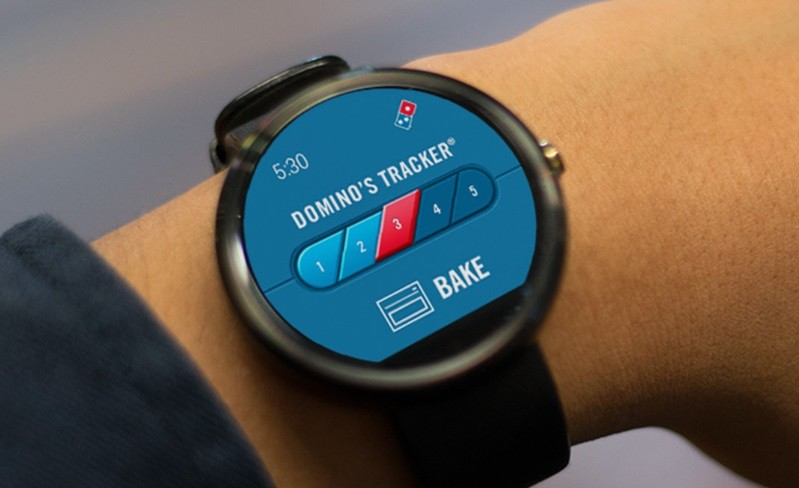 Pizza tracking on Android Wear. Photo: Domino's