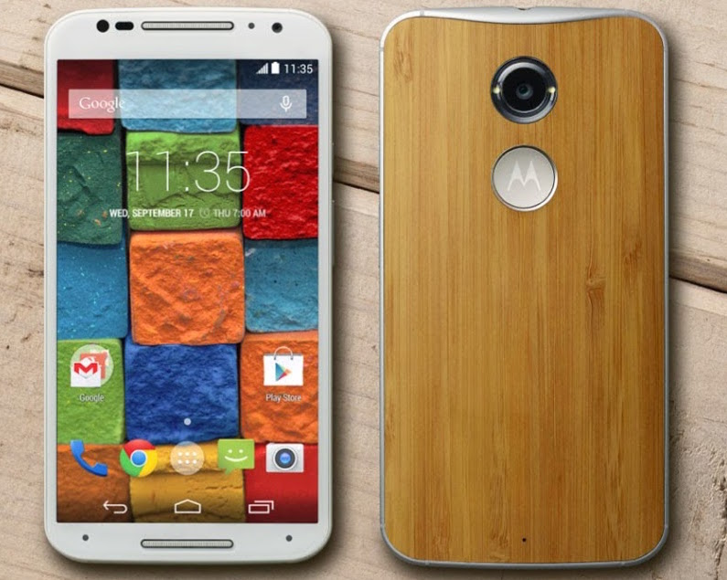 The Moto X with a bamboo back. Photo: Motorola