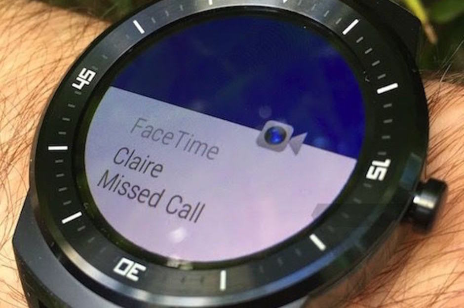 A FaceTime notification on Android Wear. Photo: The Verge