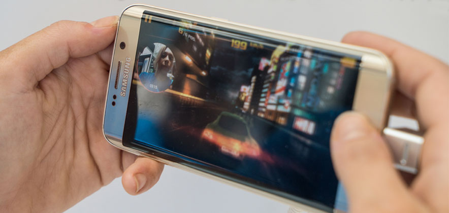 Share your gameplay with the world through YouTube Gaming. Photo: Samsung