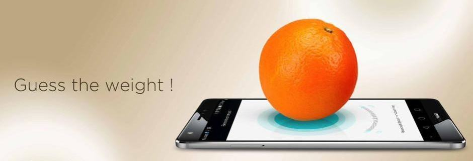 Huawei's Mate S can weigh an orange on its Force Touch display. Photo: Huawei