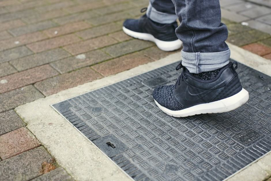 Virgin Media's Smart Pavement keeps you connected on the go. Photo: Virgin