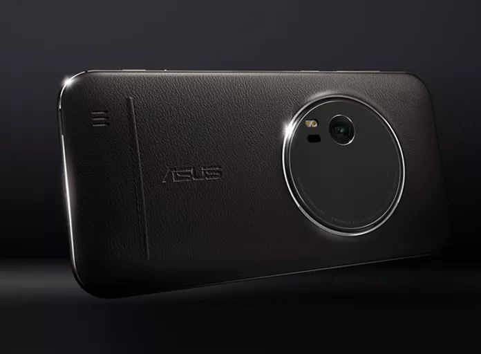 ZenFone Zoom has a trick up its sleeve... or in its back. Photo: Asus
